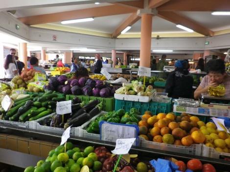 朝市 野菜売り場