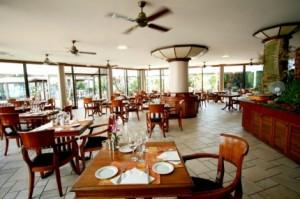 サーフホテルレストラン